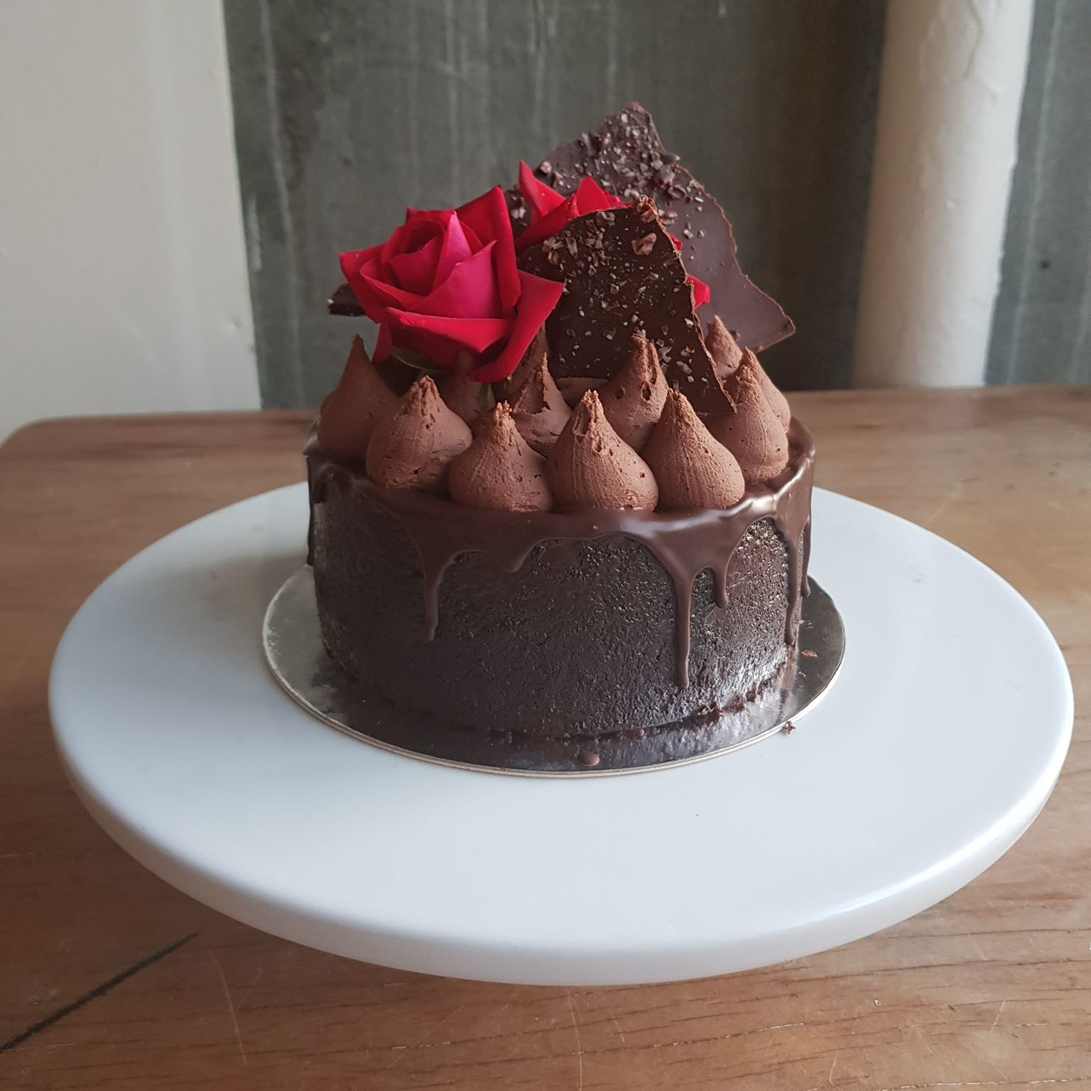 Single Layer Vegan Cake
